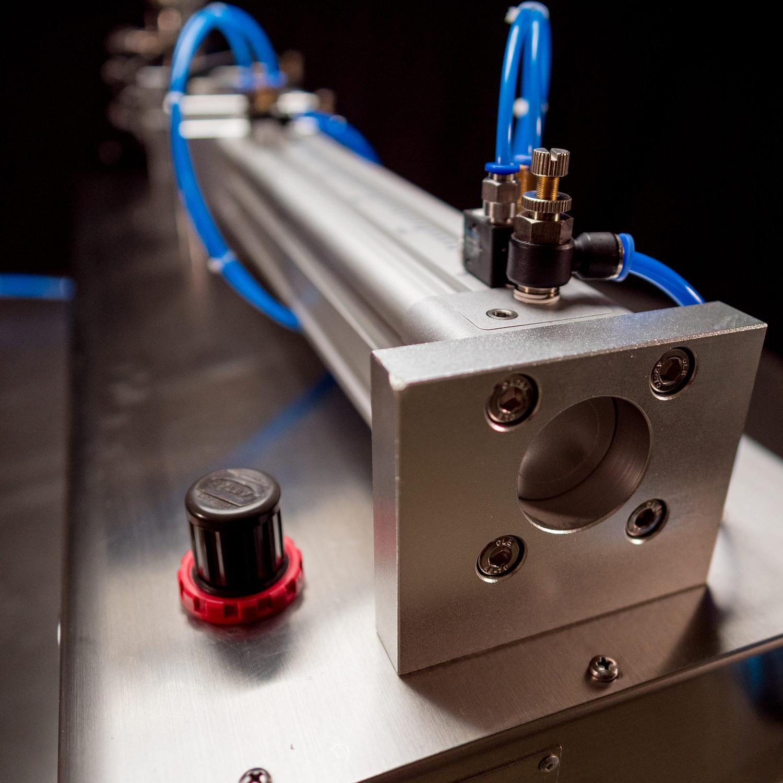 Series 1 Tabletop Piston Filler™ by Fluid
