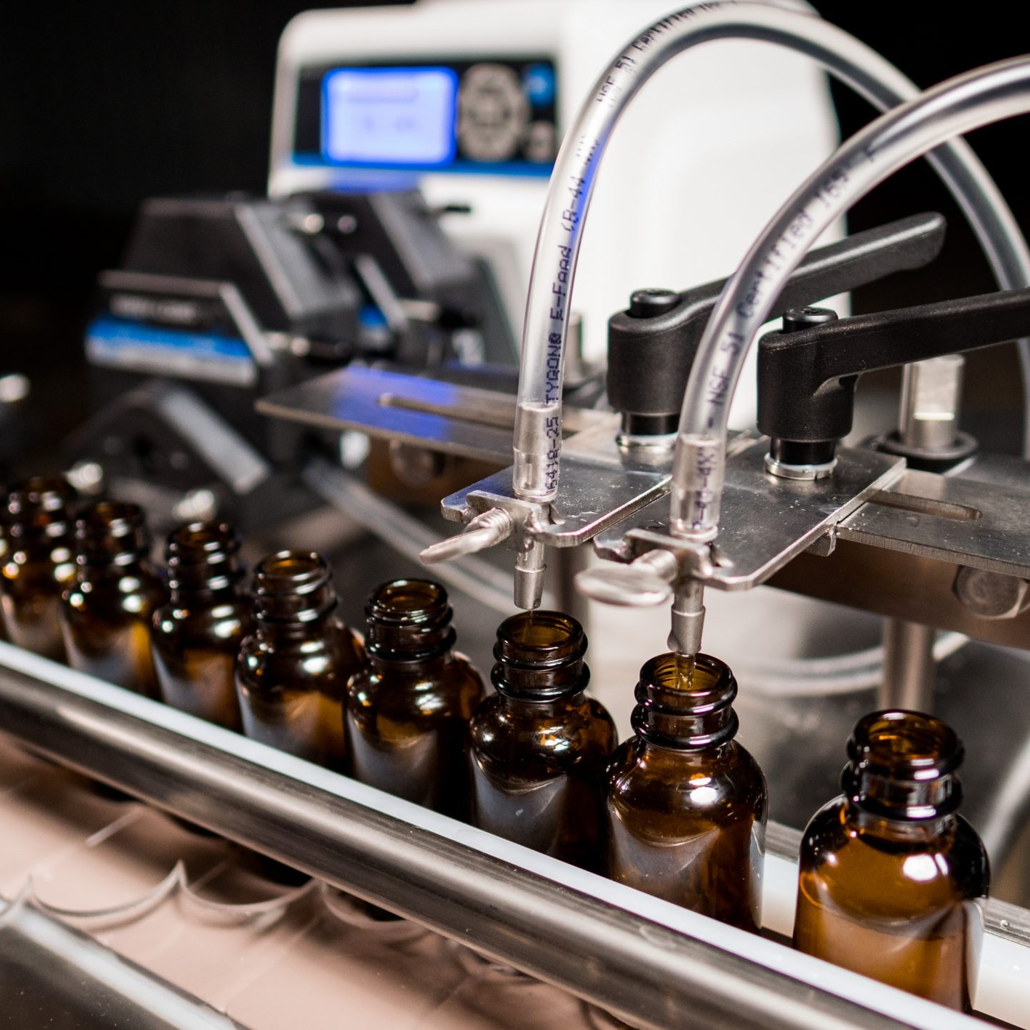 Fluid Solutions All-In-One Mobile Tincture Line